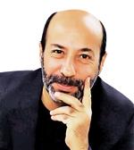 Ahmet Ay_1